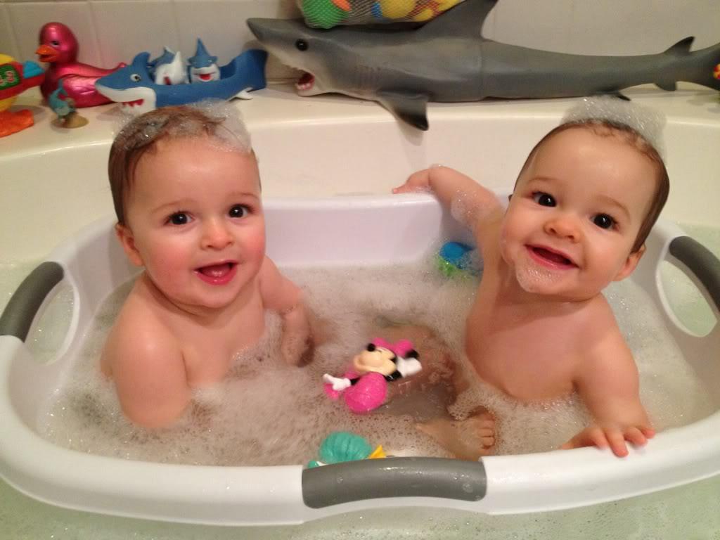 Old Fashioned Bathing Twins Newborn Model - Bathroom with Bathtub ...